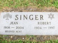 Star of David Memorial Gardens, Robert Singer