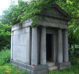 Grabmal von Ignaz Ephrussi, Joachim Ephrussi und Emilie Ephrussi
