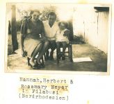 Johanna, Herbert und Rosemary Meyer,  Filabusi, Rhodesien, um 1943