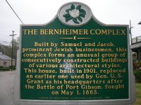 Informationstafel vor dem Bernheimer House, Port Gibson