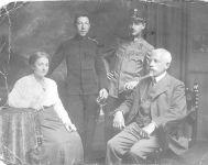 Flora, Stefan, Wilhelm und Julius Bauer, 1916