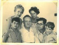 Erna, Regina, Ronny, Richard, Ernst und Peter Loewy, 1956