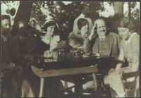 Familie Goldstern am Kahlenberg, um 1930
