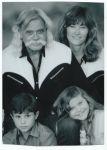 Harry Weil jr., Marita Ann Weil und ihre Kinder Marita und Harrison