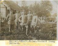 Richard Loewy mit Kameraden, 1916