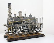 Silbernes Lokomotivmodell