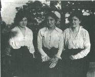 Rosalie, Carrie und Adèle Maximilian