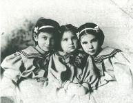 Rosalie, Adele und Carrie Maximilian