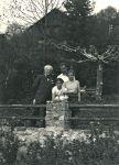 Oskar Hirschfeld (links), mit Enkelin Madeline Diener-Hirschfeld (vorne), Helene Rosenthal-Amler (rechts) und Stefan Rosenthal (hinten)