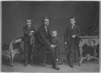 Robert Rosenthal mit seinen Söhnen